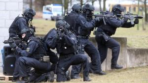SPD-Politiker fordern mehr Geld für Bundespolizei