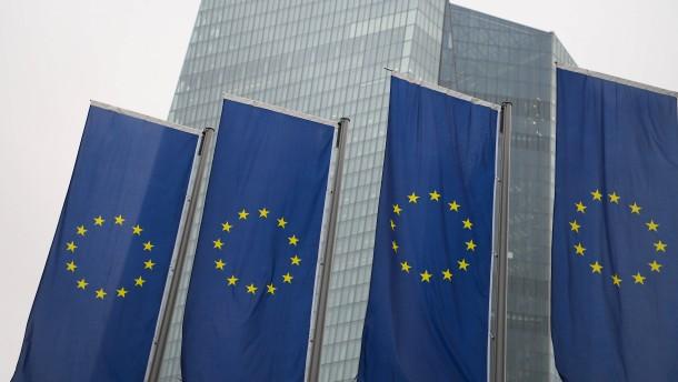EZB stößt mit faulen Krediten an ihre Grenzen