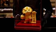 In China beginnt das Jahr des Hundes im Vorzeichen einer Finanzkrise.