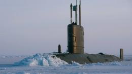 Britisches U-Boot durchbricht Arktis-Eis