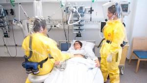 Ebola-Spezialisten bezweifeln Angaben des Gesundheitsministers
