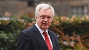 Hammond und Davis wollen für Übergangsperiode kämpfen