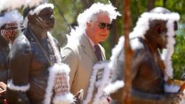 Prinz Charles von Ureinwohnern empfangen
