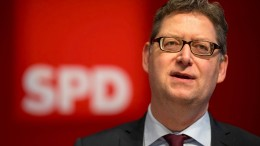 SPD-Landesvorstand für Koalitionsverhandlungen