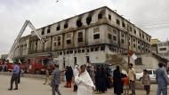 Die ausgebrannte Fabrik am 14. September 2012.