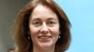 Justiz- und Verbraucherschutzministerin Katarina Barley will einen Facebook-Vertreter in ihr Ministerium zu laden, um eine Erklärung zu erzwingen.
