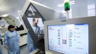 Von Computern gesteuert: Siemens-Maschine in einem Labor