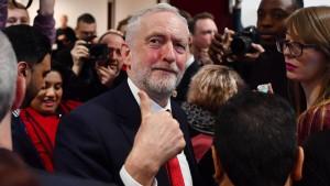 Corbyn widerspricht May – und kämpft für Zollunion mit der EU