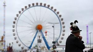 Münchens OB erwägt Rucksackverbot für Oktoberfest