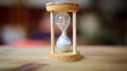 Wie ein Deutscher die Uhren wieder in Takt bringen soll