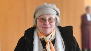 Sparkassen-Kundin kämpft vor BGH um weibliche Anrede
