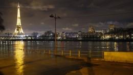 Paris steht unter Wasser