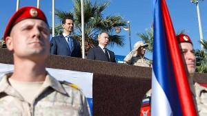 Umarmung für Putin