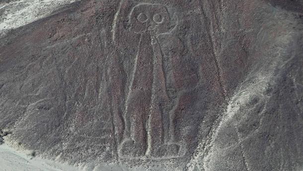 Lastwagen beschädigt berühmte Nazca-Linien in Peru