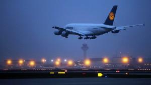 Al-Wazir gegen Lockerung des Nachtflugverbots