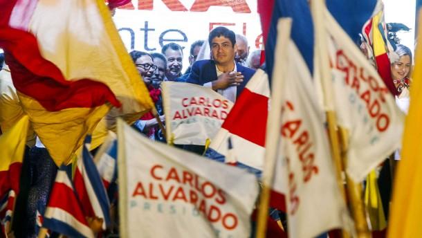 Carlos Alvarado gewinnt Präsidentenwahl in Costa Rica