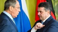 Außenminister Sigmar Gabriel (SPD) und seine russischer Amtskollege Sergej Lawrow