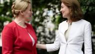 SPD-Ministerinnen im neuen Kabinett: Franziska Giffey und Katarina Barley (r.)