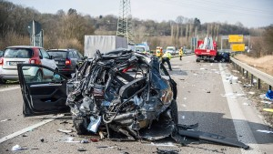 Verkehrstoten-Zahl sinkt auf Rekordtief