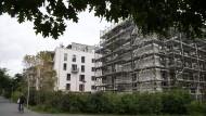 Neubau-Wohnungen entstehen auf einer Baustelle in Berlin-Kreuzberg