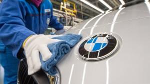 Der Autoindustrie droht eine Schlammschlacht
