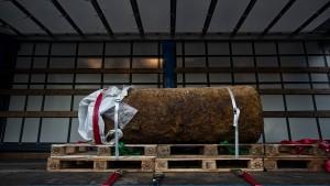Pendler haben nach Bombenentschärfung wieder freie Fahrt