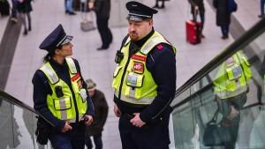 Immer mehr Angriffe auf Bahn-Mitarbeiter