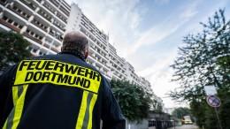 Deutsche schenken Rettungskräften das größte Vertrauen