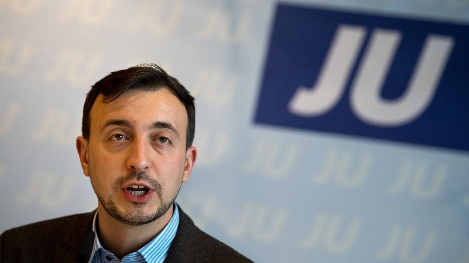 """""""Die Unzufriedenheit ist sehr groß an der Basis der CDU"""", sagt der aufstrebende JU-Vorsitzende Paul Ziemiak"""