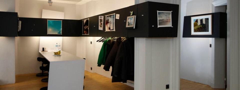 Moderne luxus büro  Moderne Büro-Architektur: Schwarzes Band als roter Faden - Aktuell ...