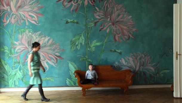 stoffbespannungen an der wand. Black Bedroom Furniture Sets. Home Design Ideas