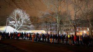 Sinken die Flüchtlingszahlen wegen Merkels Politik?