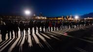 Menschenkette gegen Rechts
