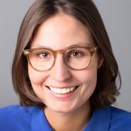 """Jennifer Wiebking - Portraitaufnahme für das Blaue Buch """"Die Redaktion stellt sich vor"""" der Frankfurter Allgemeinen Zeitung"""
