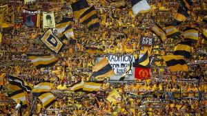 Harte Strafe für Dresden nach Bullenkopf-Skandal