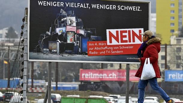 Rundfunkgebühr: Schweiz stimmt im März über Abschaffung ab