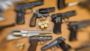 Ermittlern gelingt Schlag gegen internationalen Waffenhandel