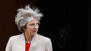Theresa Mays italienischer Spagat