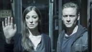 """Alexandra Maria Lara und Matthias Schweighöfer in """"You Are Wanted"""""""