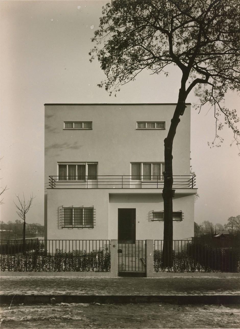Haus in der Lentstraße, Köln, 1928: Sieben sehr fette Jahre bescherte ihm die Architekturfotografie.