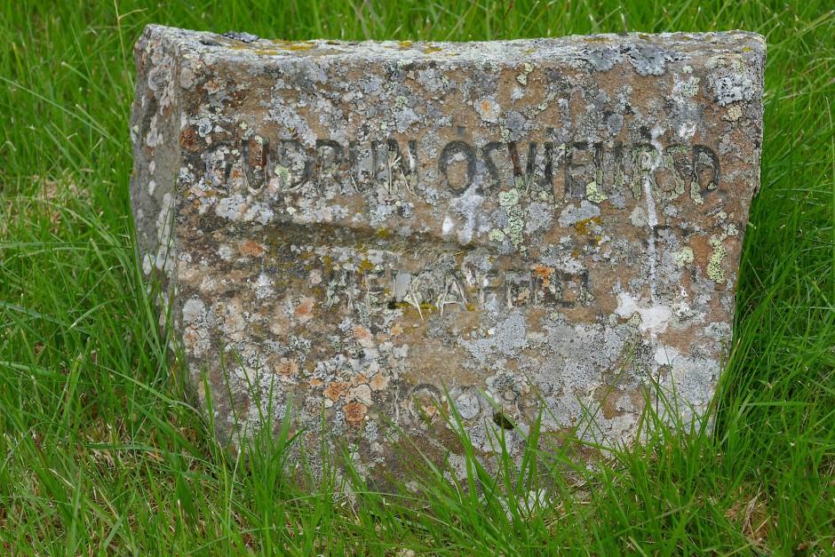 Guðrúns Grab ist gar nicht auf dem Berg.