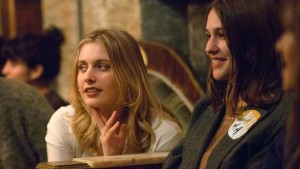 Zwei Schwestern und die Liebe zur Hysterie
