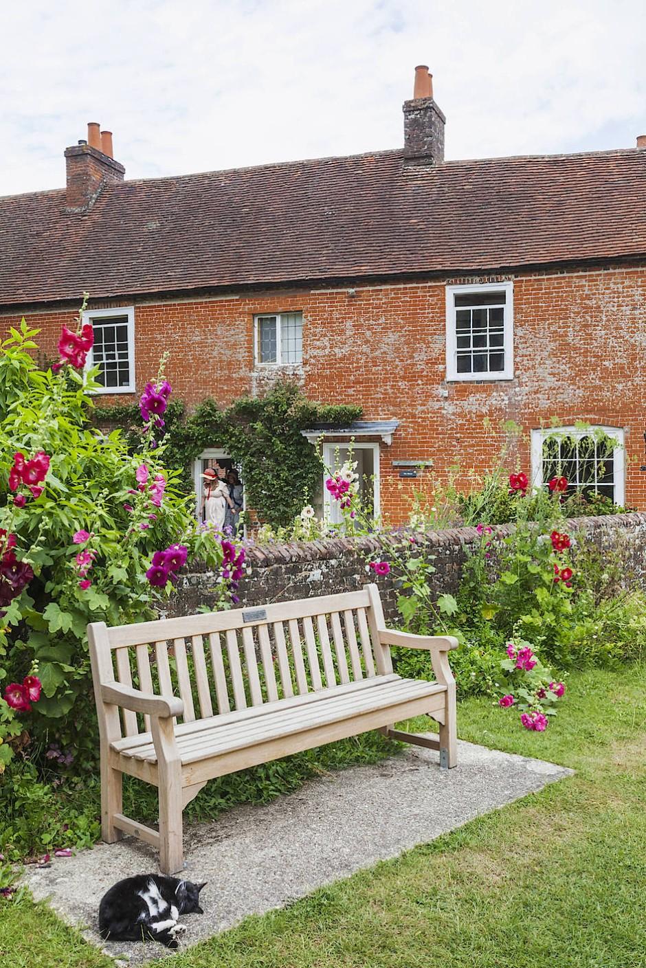 40000 bis 50000 Besucher strömen jedes Jahr durch das Haus der vier Damen.