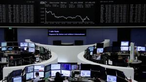 """Anleger befürchten """"Paukenschlag"""""""
