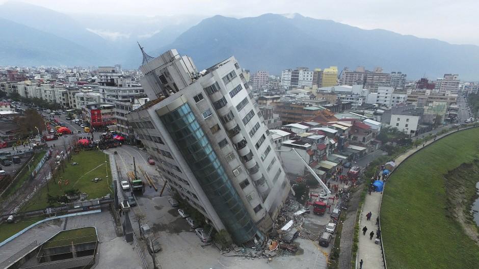 Ein Erdbeben mit der Stärke von 6,4 hat am Dienstag Taiwan erschüttert.