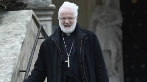 Debatte um Bischof Launs Aussagen über Homosexuelle hält an