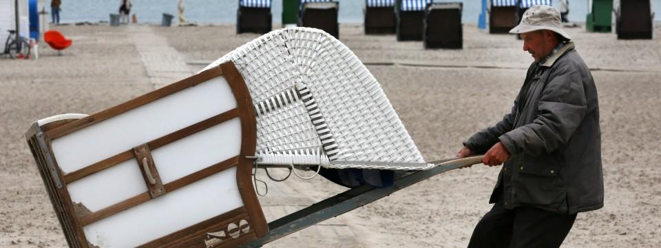 strandkorb winter draussen lassen rugbyclubeemland. Black Bedroom Furniture Sets. Home Design Ideas
