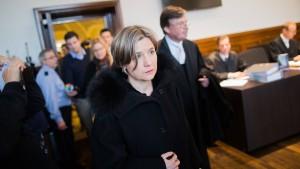 Richterin macht Kohl-Witwe wenig Hoffnung