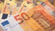 Mehr als 7000 Euro oder doch nur Sozialhilfeniveau? (Symbolbild)
