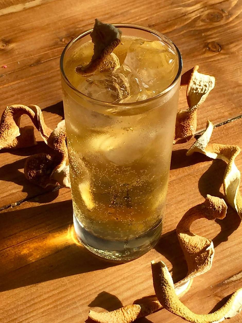 Der Umsatz mit Gin – dem Modegetränk der letzten Jahre – stieg von 32 Millionen Euro im Jahr 2010 auf 91 Millionen im vergangenen Jahr. Die Deutschen trinken jährlich sieben Millionen Liter Gin, gerne als Gin Tonic.